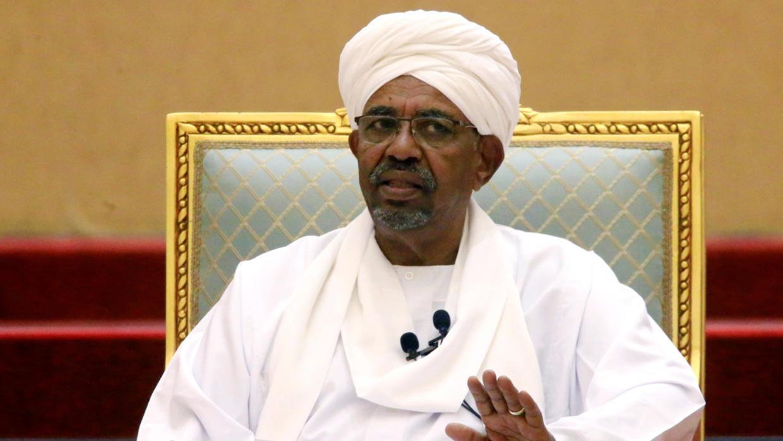 السودان.. أموال وأصول قادة نظام البشير في الخارج بنحو 64 مليار دولار