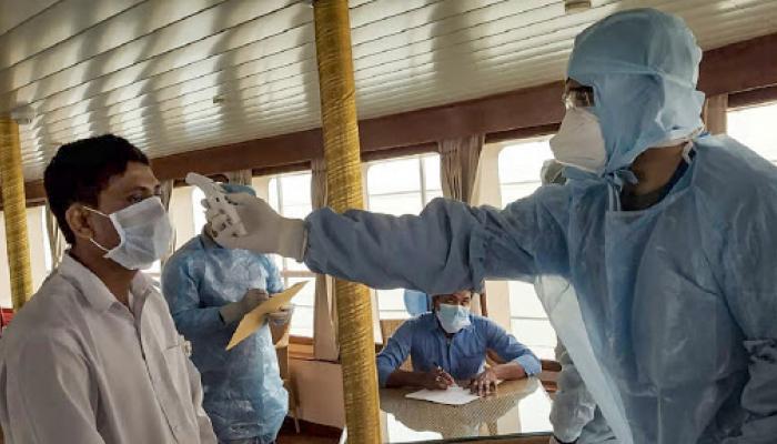 الهند.. تفرض حجراً صحياً مشدداً للحد من انتشار الفيروس