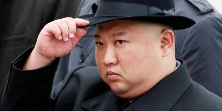 فرضية جديدة لغياب الزعيم.. كيم لا يستطيع الوقوف أو السير