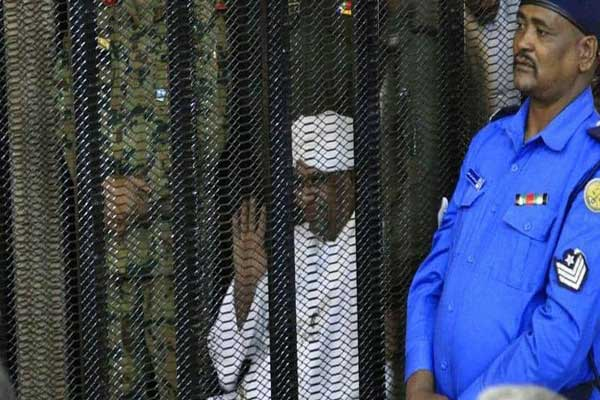 السودان.. البشير في «دار الإصلاح الاجتماعي» لمدة عامين