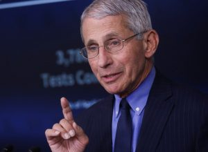 أنتوني فاوتشي يكشف معلومة بشأن «لقاح كورونا»