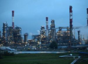 ارتفاع أسعار النفط مع ترقب اجتماع «أوبك+» بشأن تمديد خفض الإمدادات
