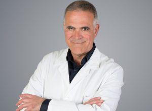 طبيب إيطالي: فيروس كورونا يفقد قوتّه ولم يعدّ موجود سريرياً
