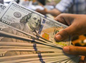 أكبر تراجع للدولار إلى دون مستوى 69 روبلا
