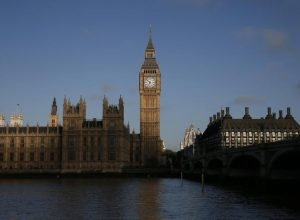 روسيا تتوعد بالرد على عقوبات بريطانية