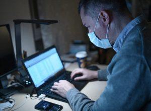 تعثر الشركات العالمية بسبب فيروس كورونا