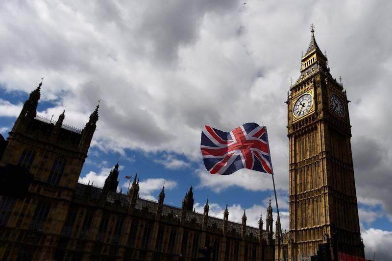 بريطانيا والاتحاد الأوروبي سيفشلان في التوقيع على اتفاق تجارى