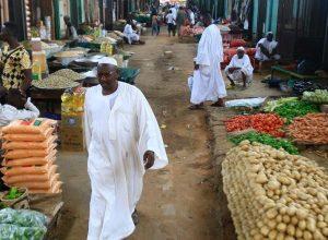 السودان: برنامج دعم نقدي يشمل 80٪ من السكان