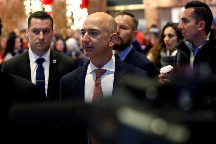 مؤسس أمازون يربح «13» مليار دولار في يوم واحد