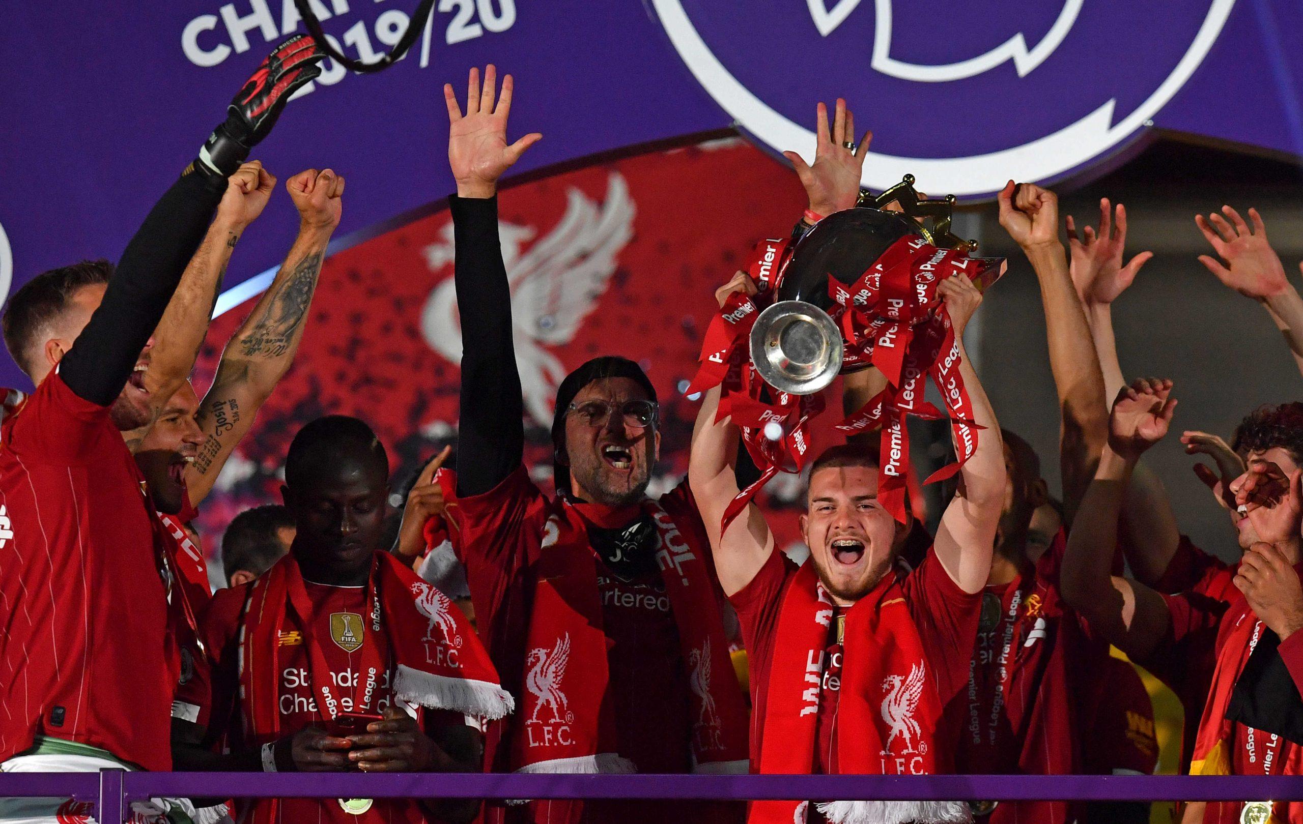 ليفربول يحتفل بلقب الدوري الإنجليزي دون جمهور