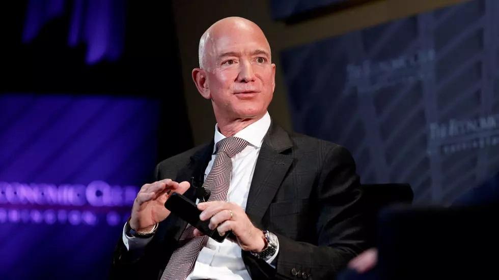 الجميع يخسر بسبب كورونا ورئيس «أمازون» يكسب 13 مليار دولار في يوم واحد