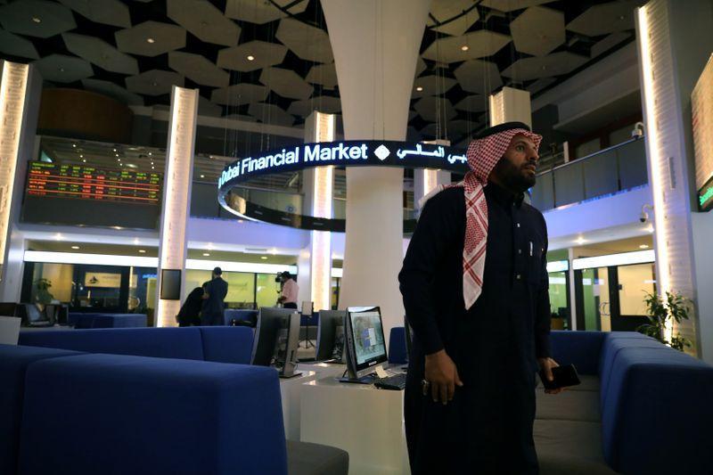 توقعات بانكماش حاد لاقتصادات الخليج في 2020