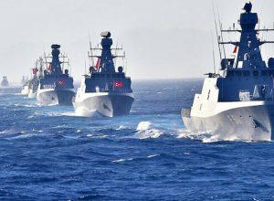 طائرات وقطع بحرية.. مناورات تركية ضخمة قُبالة السواحل الليبية