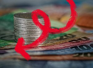 تراجع أسعار العملات الأجنبية أمام الدينار الليبي