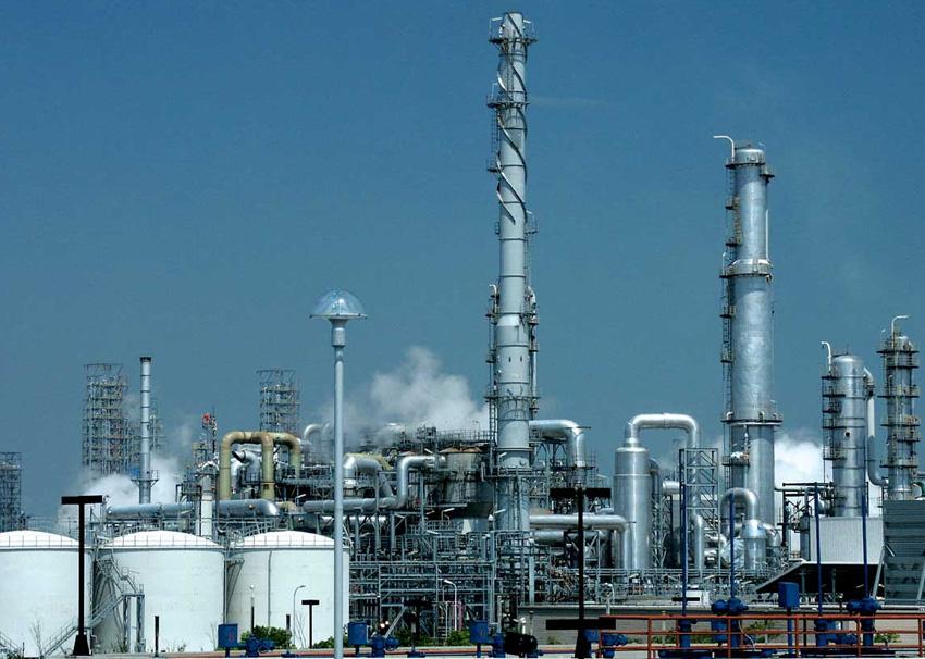 السعودية: تراجع قيمة صادرات النفط نحو 12 مليار دولار
