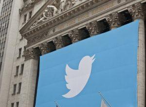 «تويتر» يغلق حسابات اليمين المتطرف في أوروبا