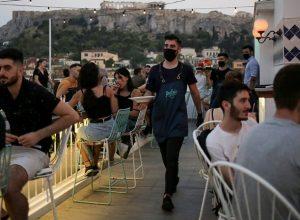 اليونان.. تُسجل أعلي حصيلة يومية لإصابات «كورونا»