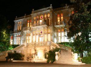 صمد أمام 3 حروب ودمره انفجار بيروت «قصر سرسق»