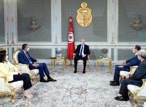 الرئيس التونسي يُوعز بإرسال مساعدات طبية إلى لبنان