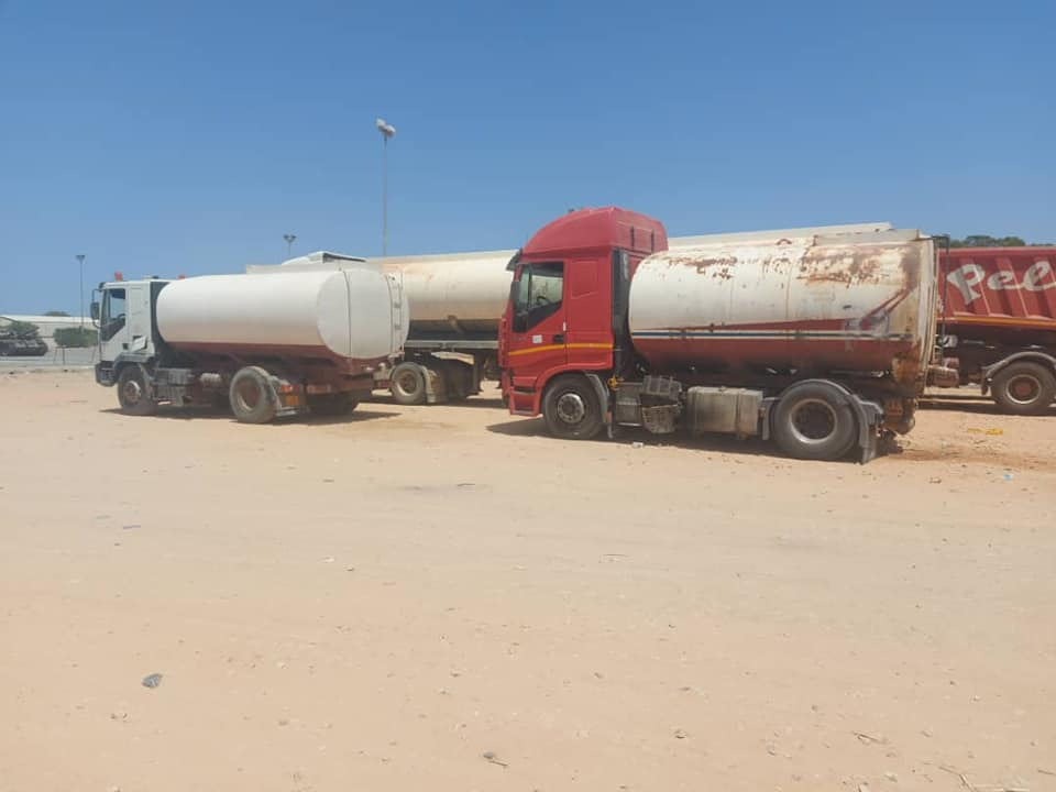 ضبط شاحنات تهريب وقود