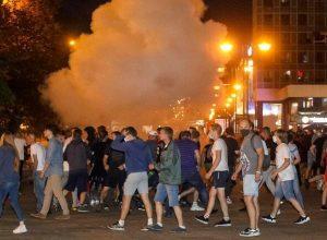 بيلاروس.. اشتباكات بين الشرطة والمحتجين والسلطات تنفي سقوط قتيل