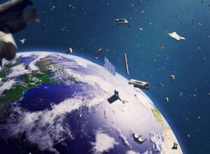 مخلفات فضائية تدور حول الأرض بسرعة 20 ألف كم/س