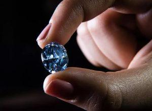جنوب إفريقيا.. العثور على 5 ماسات زرقاء من أغلى الأحجار الكريمة