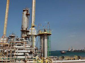 سبوتنيك: دخول ليبيا إلى سوق النفط مجدداً يؤدي لانخفاض الأسعار