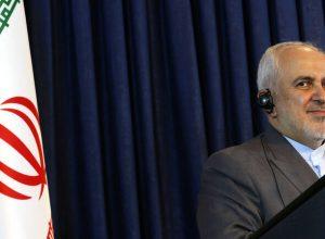 ظريف: «ترامب» بدعمه لإسرائيل يُدمّر المنطقة ويخون الشعب الأمريكي