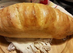 طفلة تعيش 10 سنوات على الخبز فقط.. تعرف على السبب؟