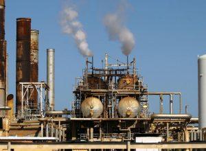 بلومبيرغ: إنتاج النفط الليبي سيصل إلى مليون برميل يوميًا بين أكتوبر وديسمبر
