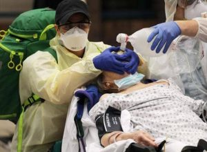 «العدوى المزدوجة».. ما خطر الإصابة بالإنفلونزا وكورونا معا؟
