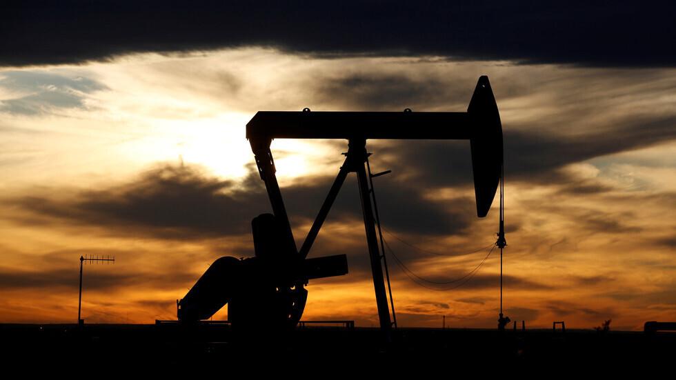 إصابة ترامب بـ«كورونا» تتسبب في انهيار أسعار سوق النفط