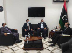 الرئاسي يستعرض المختنقات التي تُعيق عمل بلدية مصراتة