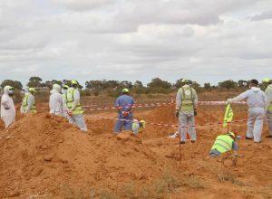 انتشال 12 جثة من مقابر جماعية جديدة في ترهونة