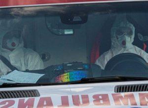 بعد زيادة الإصابات بكورونا..بولندا تحول ملعب «كرة قدم» إلى مستشفى
