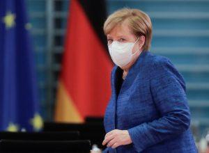 «ميركل» تعتزم إغلاق ألمانيا جزئيا لمواجهة كورونا