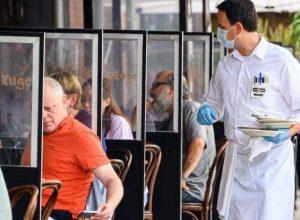 كيف يؤثر الأكل خارج البيت على انتشار فيروس كورونا؟