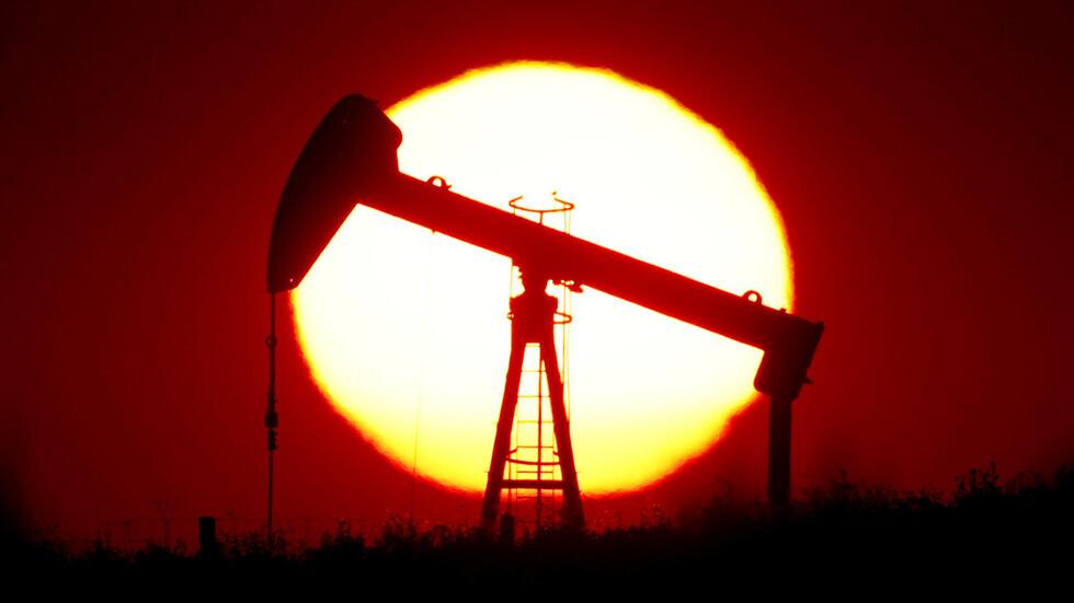 بعد تحسن صحة الرئيس الأمريكي.. أسعار النفط تصعد بأكثر من 5%