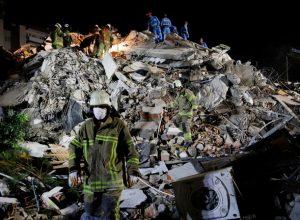 تركيا.. ارتفاع حصيلة ضحايا زلزال إزمير إلى 25 قتيلا و804 مصابين