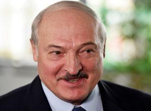 رئيس بيلاروس: لا نُمانع أن يباع عندنا التفاح «المصري» أو حتى البطاطس
