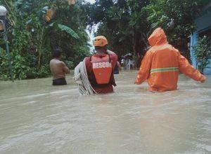الفلبين.. إعصار «مولاف» يضرب المنازل ويشرد الآلاف