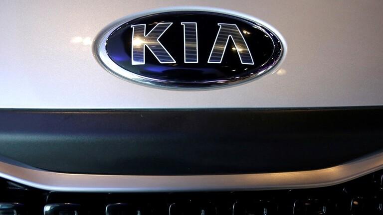 شركة «كيا» تغزو الأسواق بسيارة Rio العائلية الجديدة