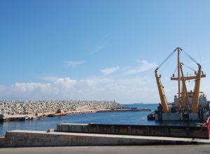 استئناف تصدير النفط الخام من ميناء الزاوية النفطي