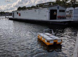 «روبوتات» مائية لنقل الركاب