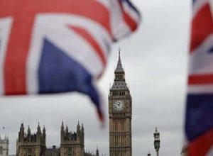 فيديو.. بريطانيا تستعين بالطائرات المسيرة لنقل مُستلزمات فحوص «كورونا»