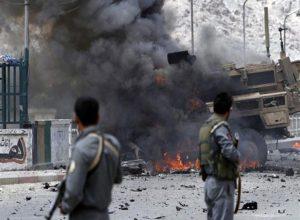 أفغانستان.. عشرات القتلى والجرحى «بانفجارين» وسط البلاد
