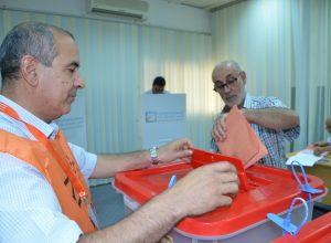 مفوضية الانتخابات تُناقش احتياجات مكاتبها استعداداً لاستحقاق 24 ديسمبر 2021