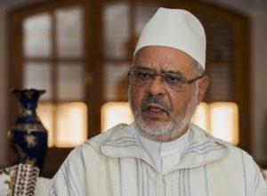 رئيس الاتحاد العالمي لعلماء المسلمين.. يدعو للقنوت لأجل العلماء بسجون السعودية