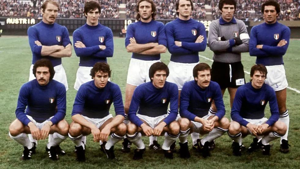 وفاة أسطورة كرة القدم الإيطالية «باولو روسي» عن 64 عاماً